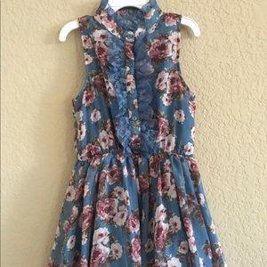 Girls floral print dress.